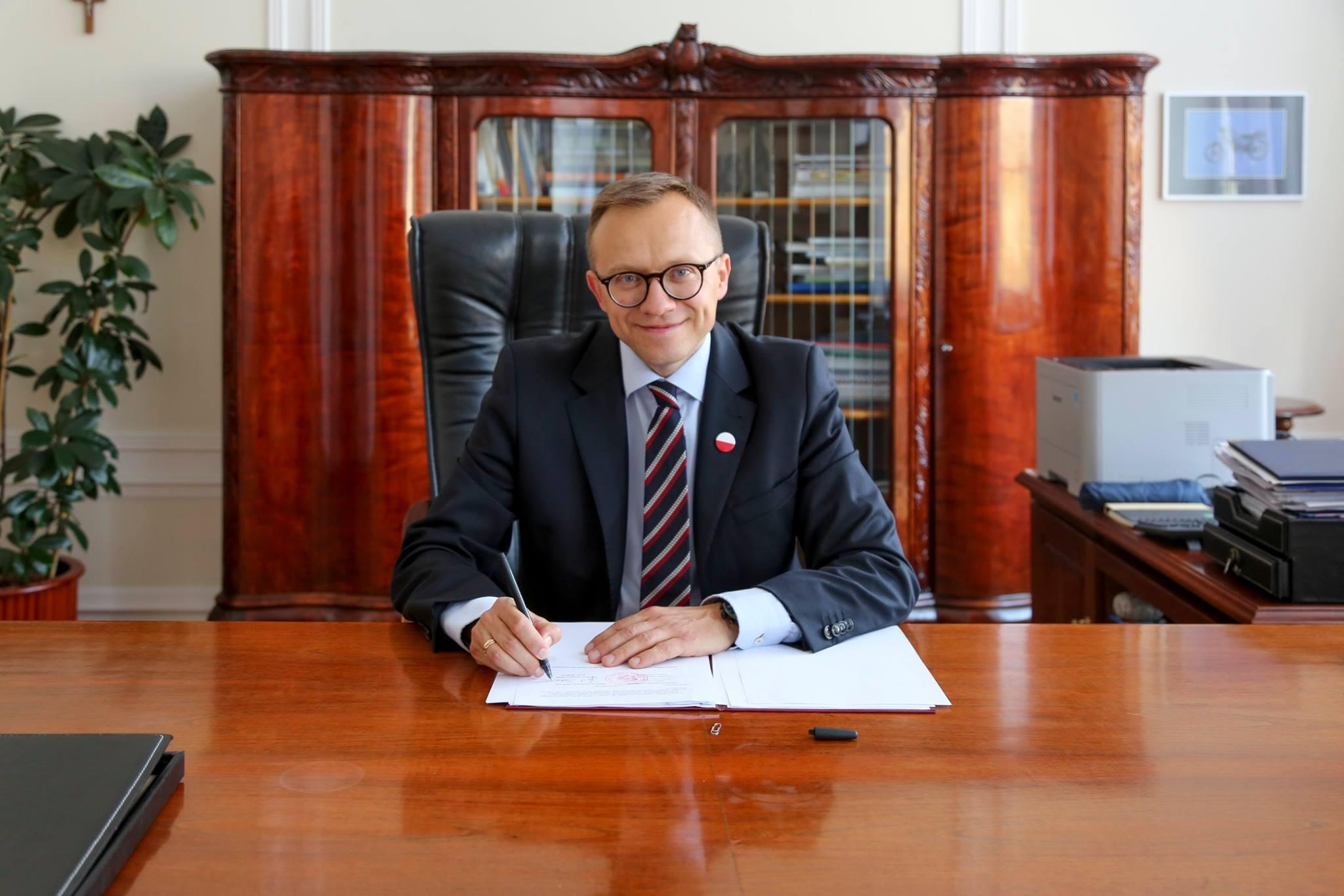 Porozumienie usprawniające przekazywanie gruntów Agencji Mienia Wojskowego podpisane